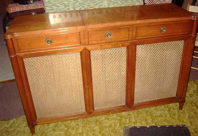 Stromberg-Carlson console